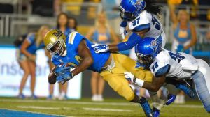 Memphis UCLA Football-1