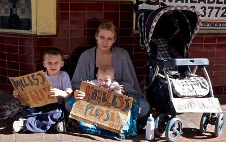 homeless-poor-american-family1